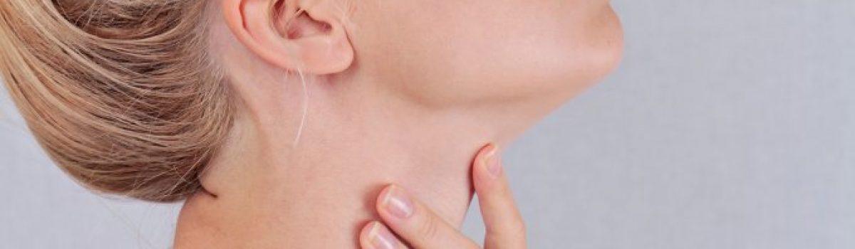 Cuidados diários e procedimentos estéticos para a pele do pescoço